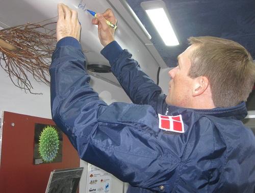 e- Andreas Mogensen, Danmarks förste man i rymden