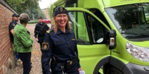 Bli fångad av polisen! Stortorget i Laholm, vid regn Lagaholmshallen @ Stortorget i Laholm